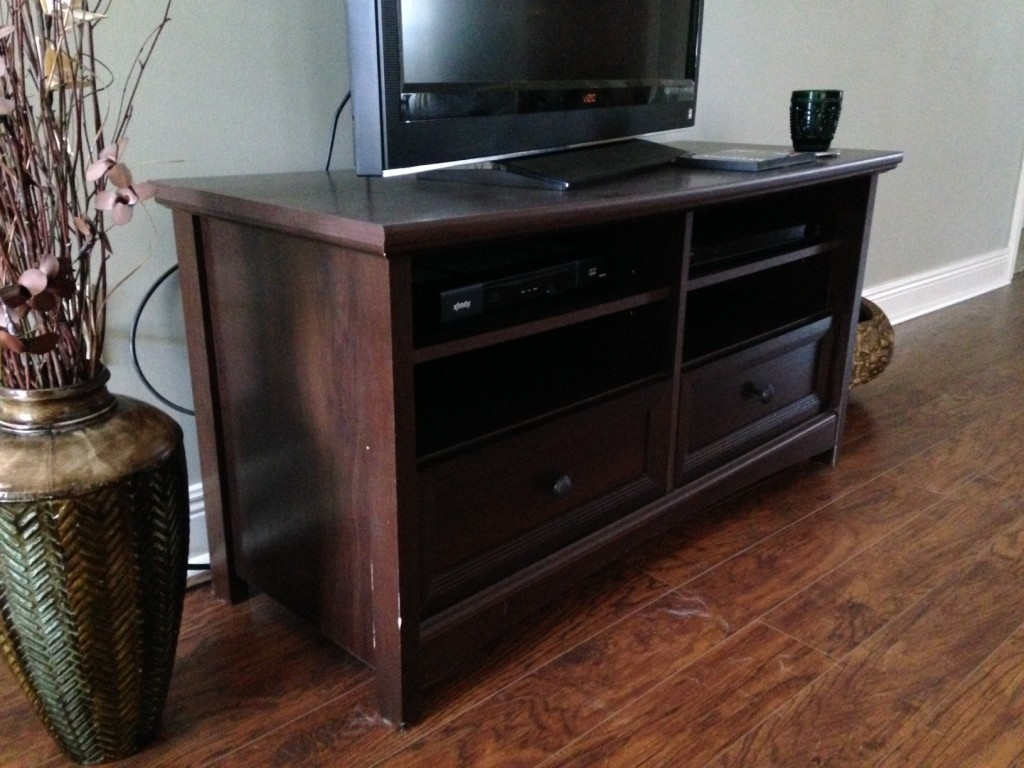 TV Stand Side Reference